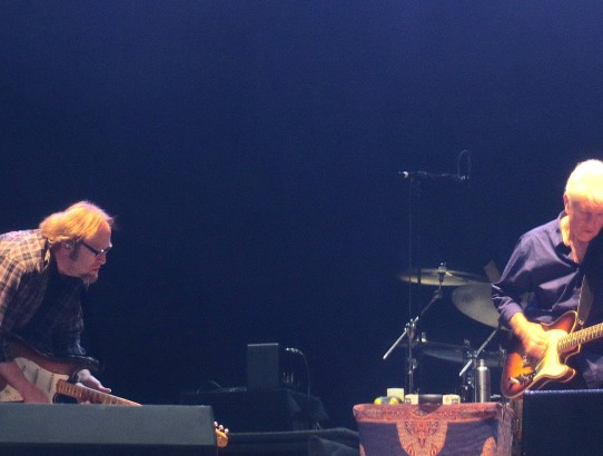 Stills and Nash singing Manchester Arena