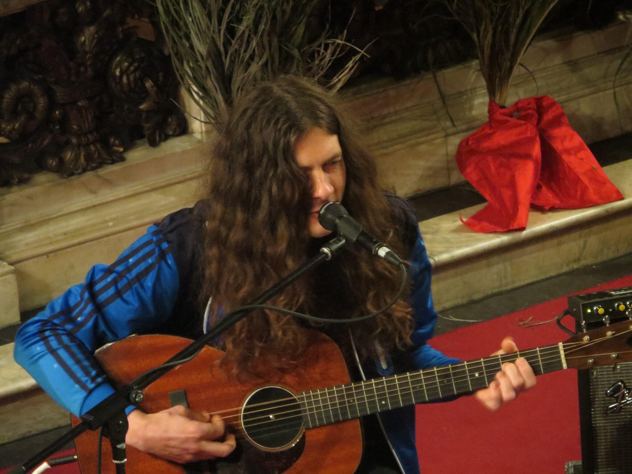 kurt vile sings