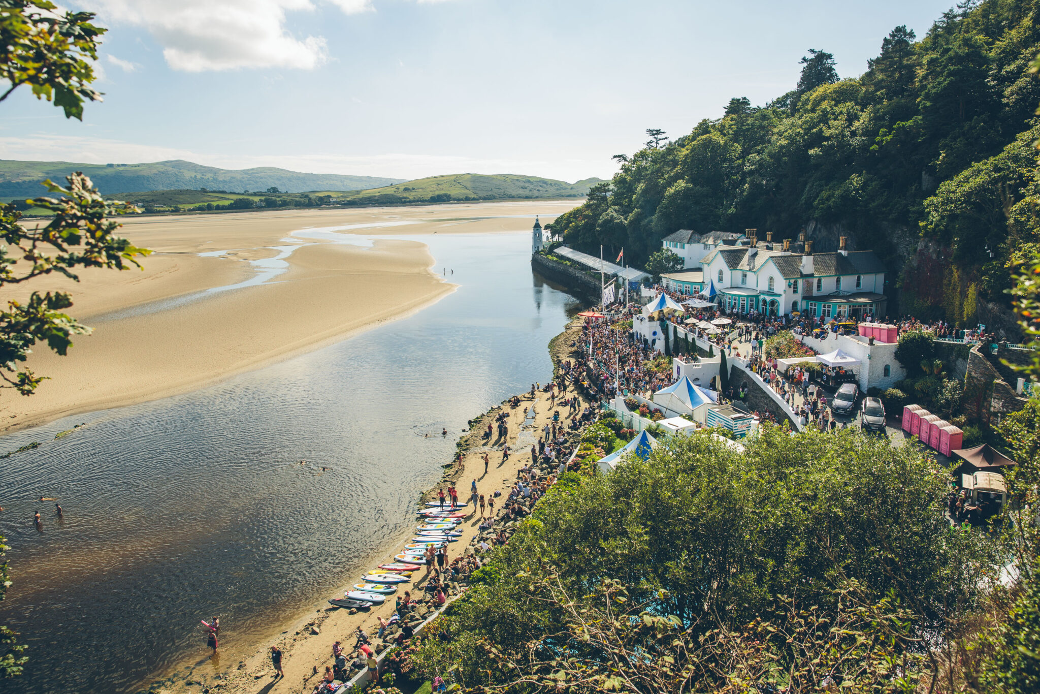 Festival No 6 beach